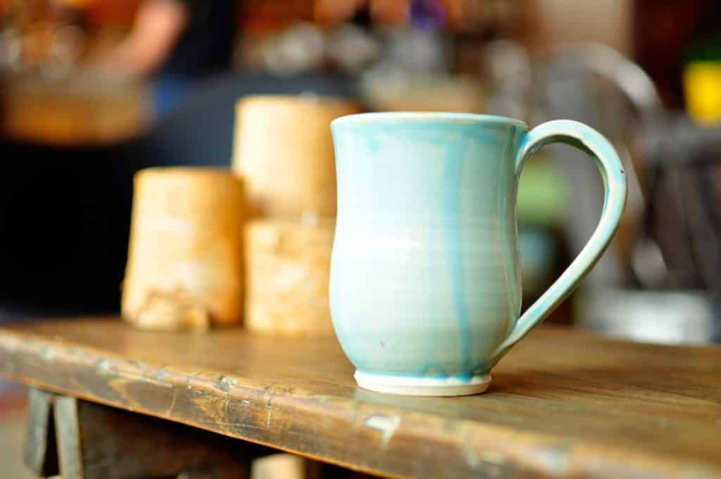 hand-crafted-pottery-mug